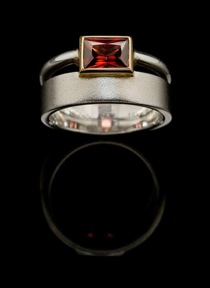 Silver Ring with Garnet and Gold setting-r02