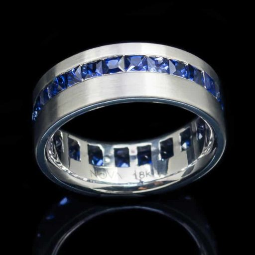 18k White Gold Ring with Princess Cut Sapphires (GR39)