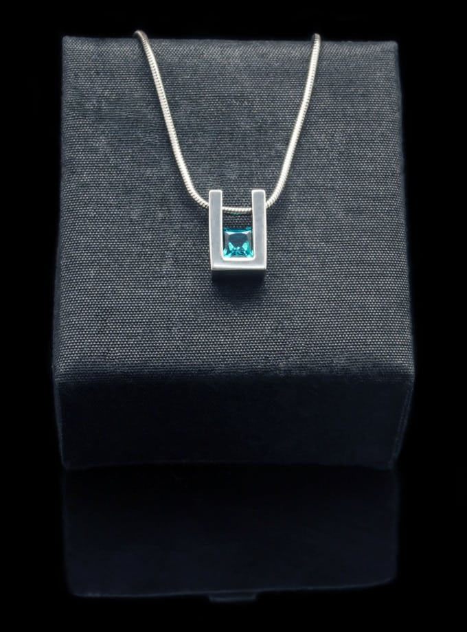 Sterling Silver Pendant with Created Emerald (PN55-25)